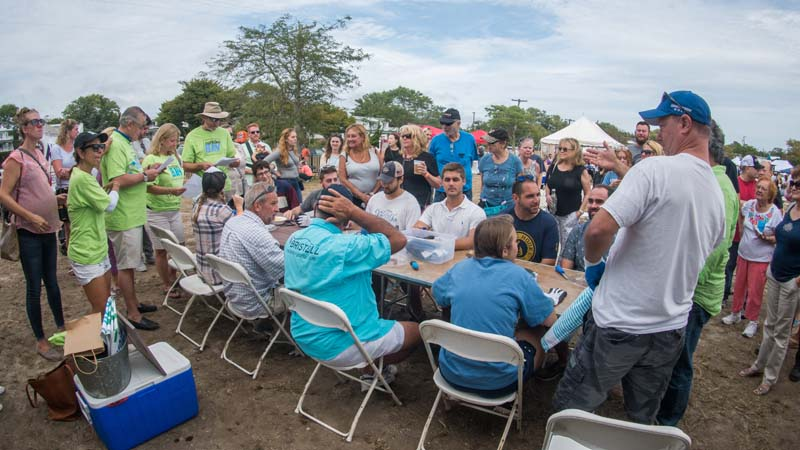 3rd-annual-oyster-shucking-competition-1